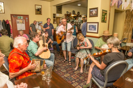 Folk session in the White Horse pub